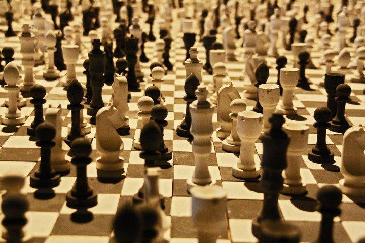 http://bestofchess.com/en/wp-content/uploads/2014/03/Chess-Championship.jpg