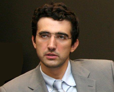 Kramnik-looking-serious